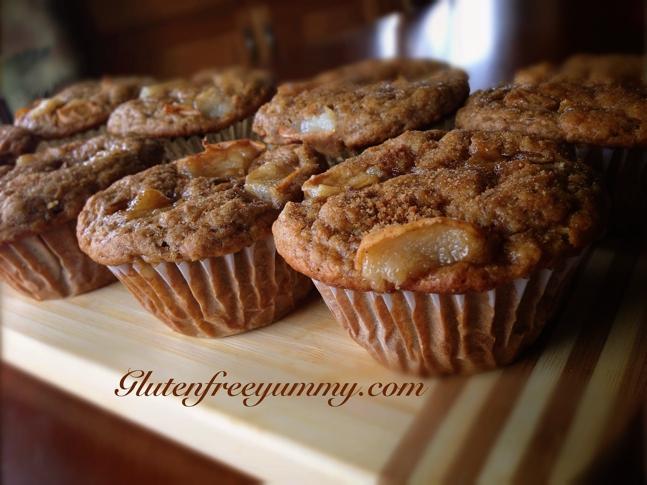 Dairy & gluten-free Banana-Pear muffins