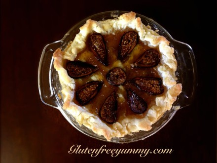 A pretty Fig & Wild Honey Tart