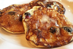 Grain-free & Dairy-free Banana-Blueberry Pancakes