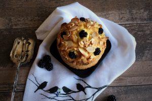 Paleo Blackberry Almond Cake