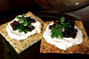 Grain-free Crackers Title